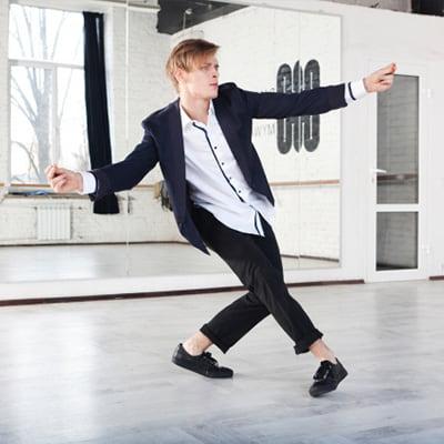 LOCK DANCE